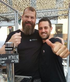Sami de Nómada con el chef Fran Vicente, de El Sainete.